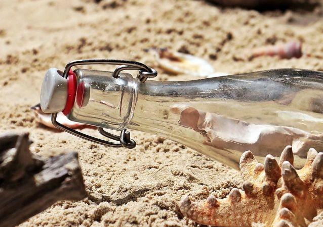 Une bouteille (image d'illustration)