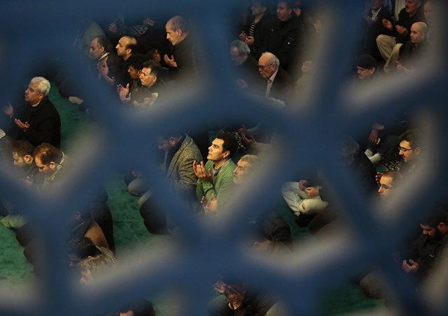 Des musulmans dans une mosquée à Berlin (image d'illustration)