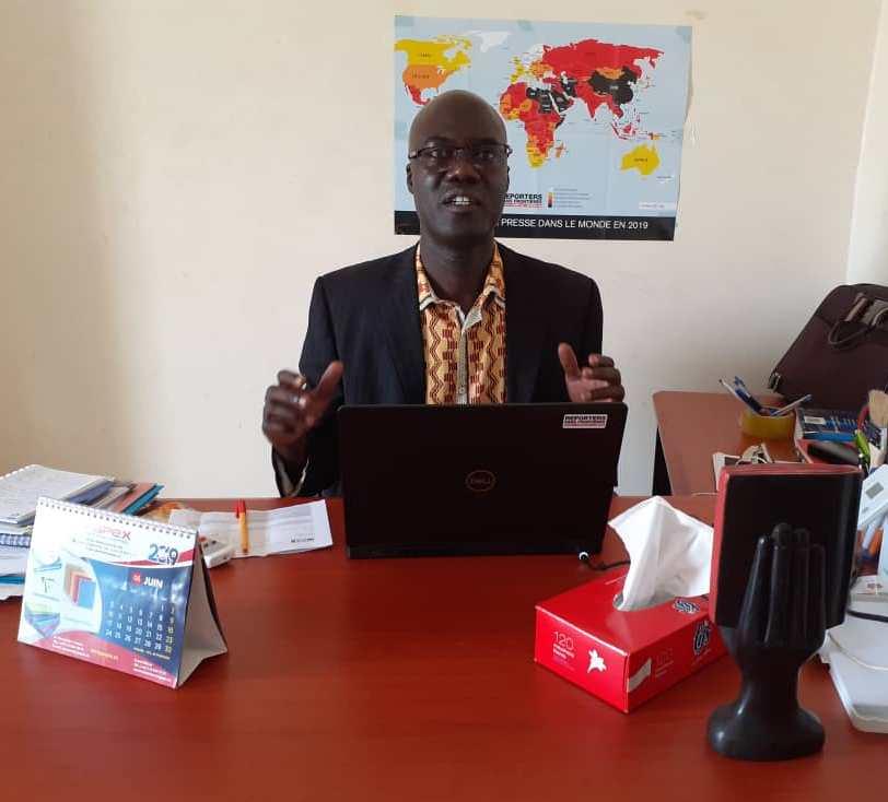 Assane Diagne, journaliste sénégalais, chef du bureau de Reporters Sans Frontières (RSF) en Afrique de l'Ouest à Dakar en juillet 2019.