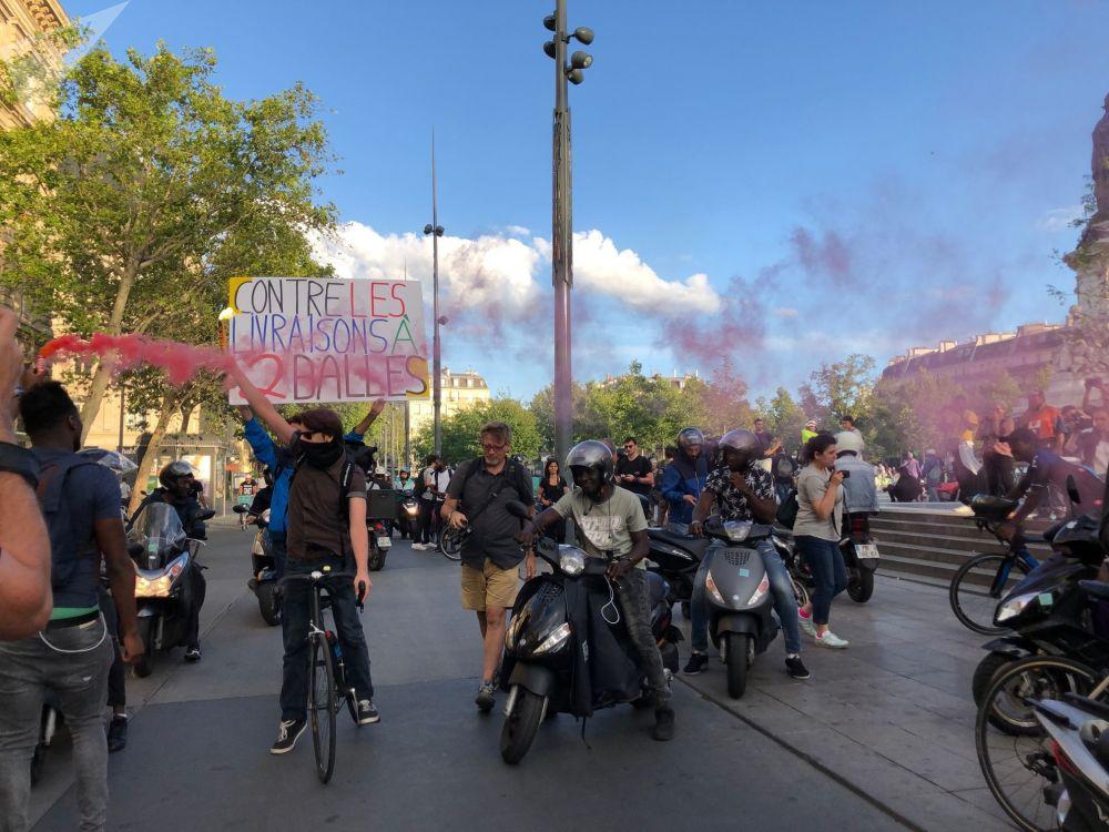 Manifestation des livreurs de Deliveroo