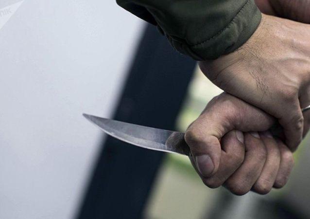 un couteau