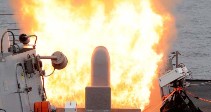 Un tir de missile Tomahawk par un système Mk-41 installé à bord du destroyer USS Sterett (archive photo)