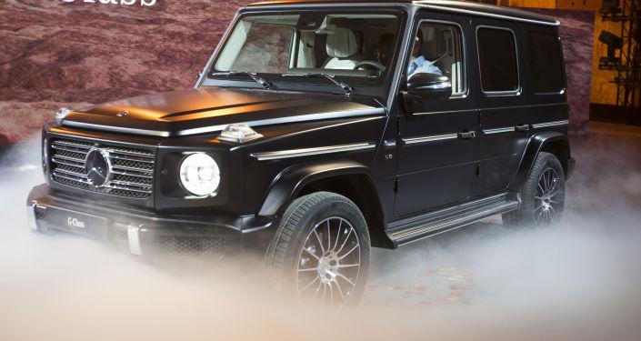 Une Mercedes, G-wagon