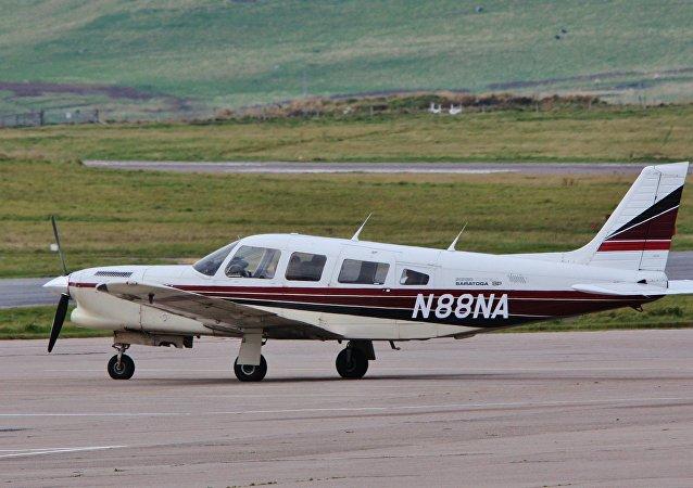 Un avion Piper PA