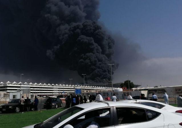Incendie dans une station de train à Djeddah