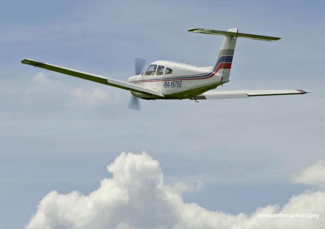 Un avion léger Piper Arrow (image d'illustration)