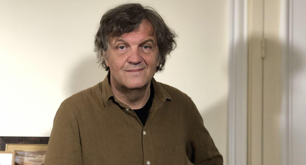 Un lauréat du festival de Cannes: avant Sputnik en Serbie, il n'y avait «que deux versions de la vérité»