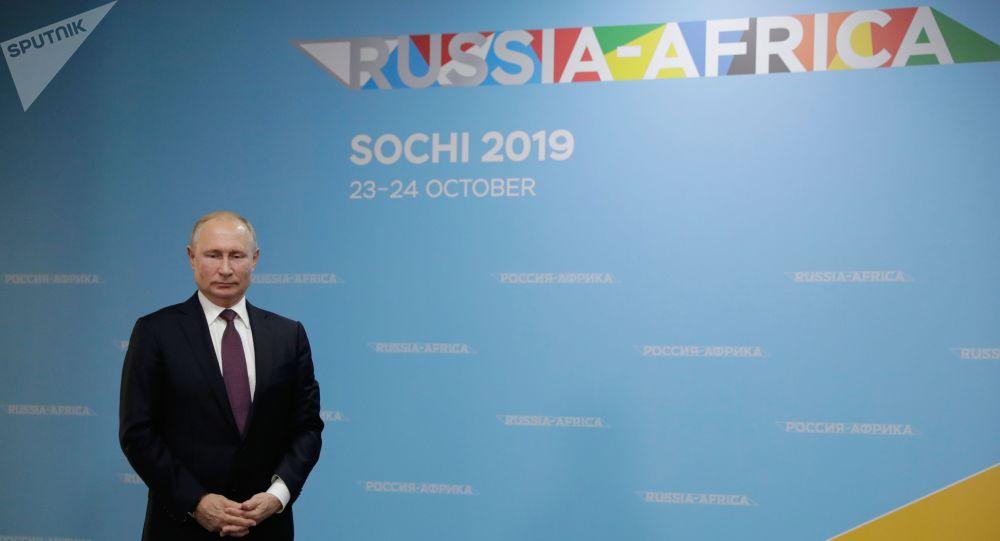 Pour Poutine, le sommet Russie-Afrique inaugure une nouvelle page dans leurs relations