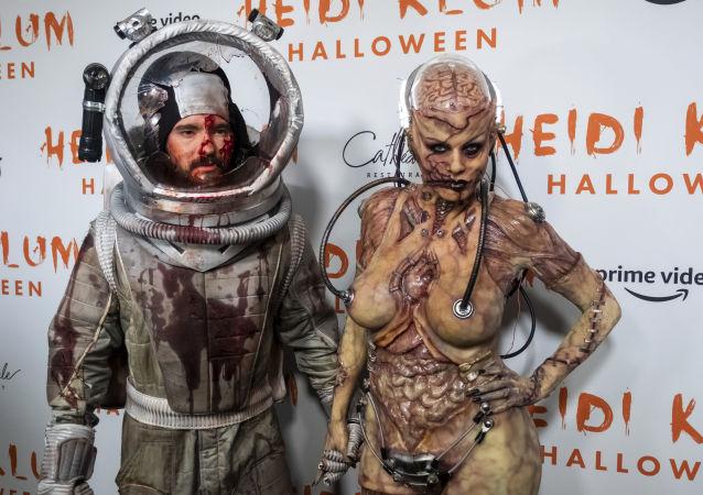 Heidi Klum et son époux Tom Kaulitz à la soirée d'Halloween, le 31 octobre 2019