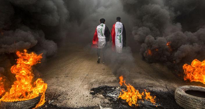 Des manifestants antigouvernementaux dans la ville irakienne de Basra, le 17 novembre 2019  (image d'archive)