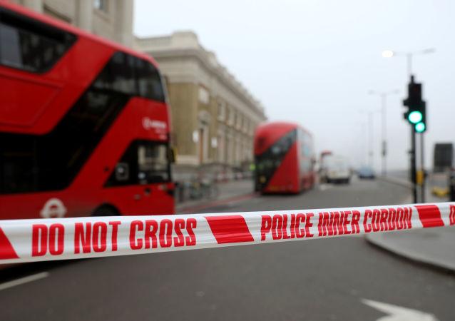 La police britannique sur le pont de Londres