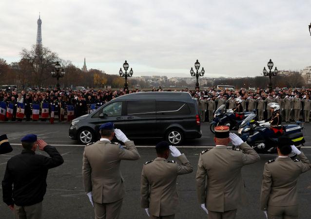 Hommage national aux militaires français morts au Mali