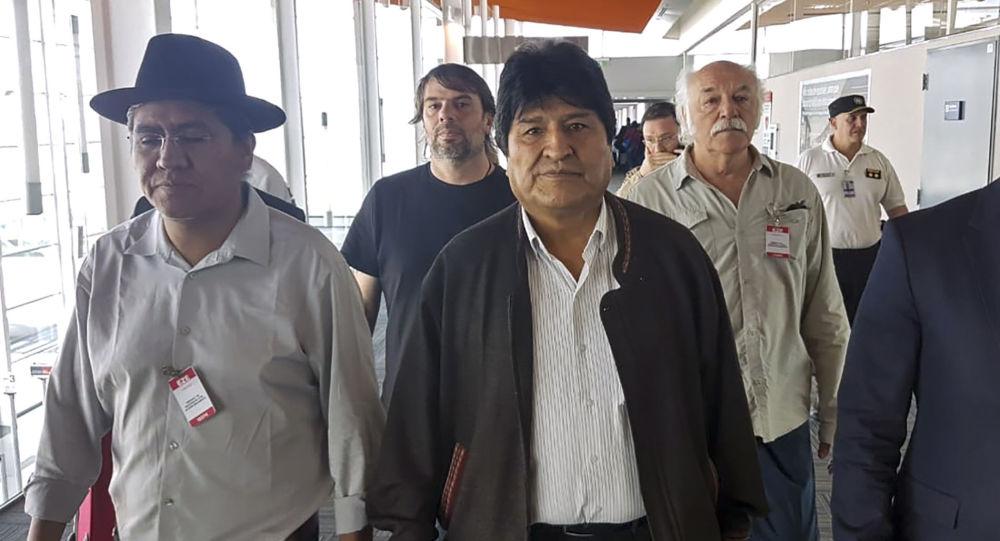 Evo Morales recherché par la Bolivie, mais «n'abandonne pas le combat politique»