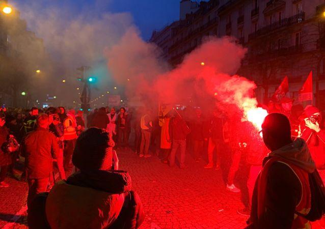 Grève du 17 décembre, Paris