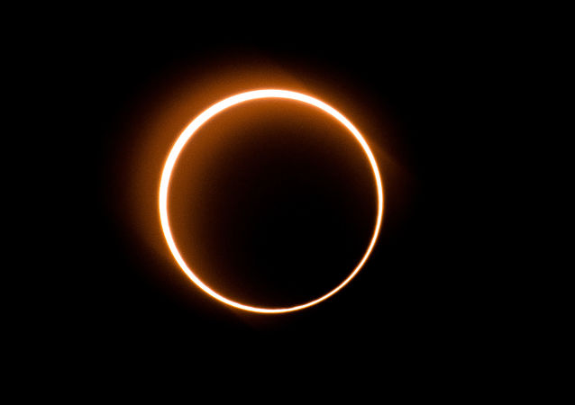 Eclipse cercle de feu