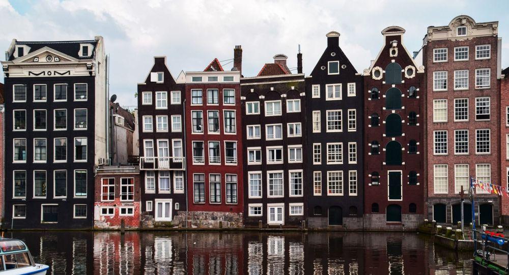 Les Pays-Bas introduiront un «pass corona» malgré les oppositions