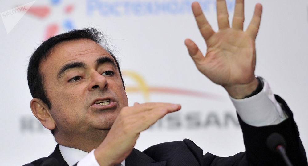 Le fils de Carlos Ghosn est soupçonné d'avoir payé 430.000 euros en Bitcoin pour l'évasion de son père