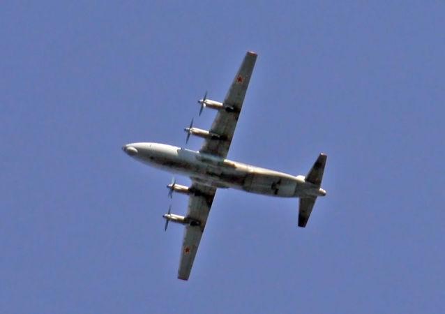Un An-12