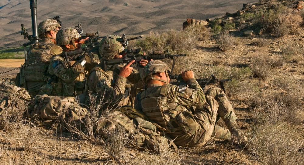 Des soldats de la 82e division aéroportée de l'Armée américaine
