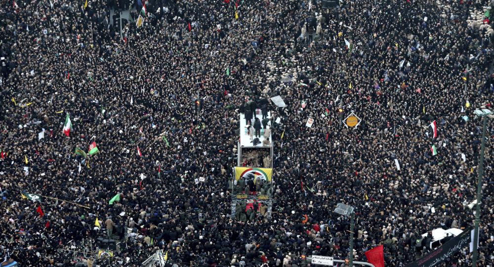 Le cortège funéraire de Qassem Soleimani