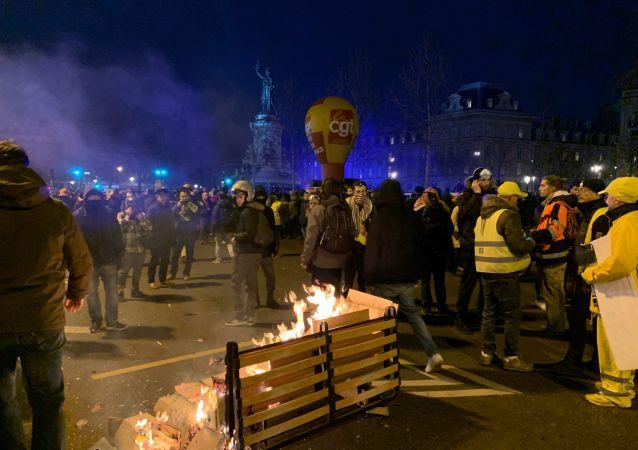 38e journée de grève à Paris, le 11 janvier