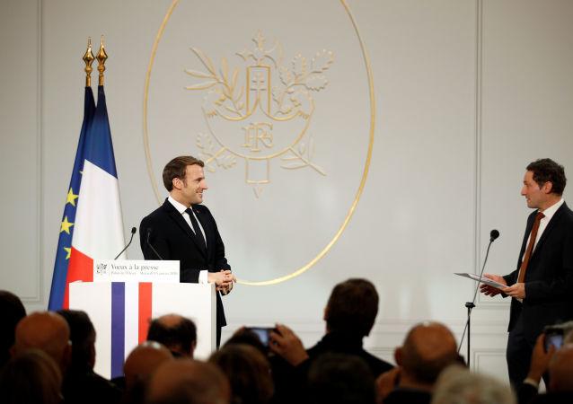 Emmanuel Macron et Olivier Bost