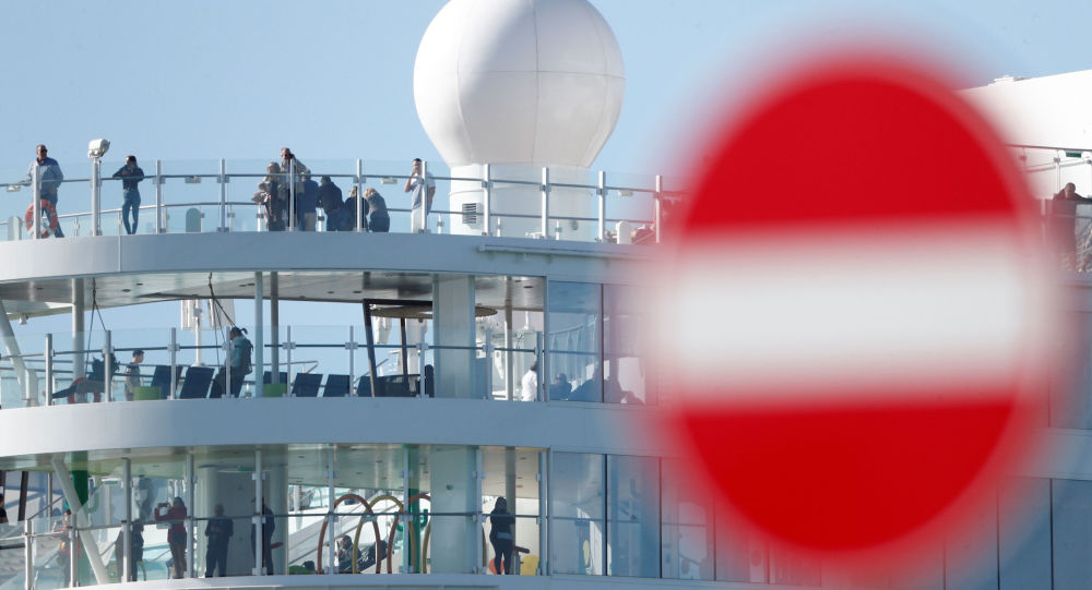 Le Costa Smeralda et 6 000 passagers bloqués, près de Rome — Coronavirus