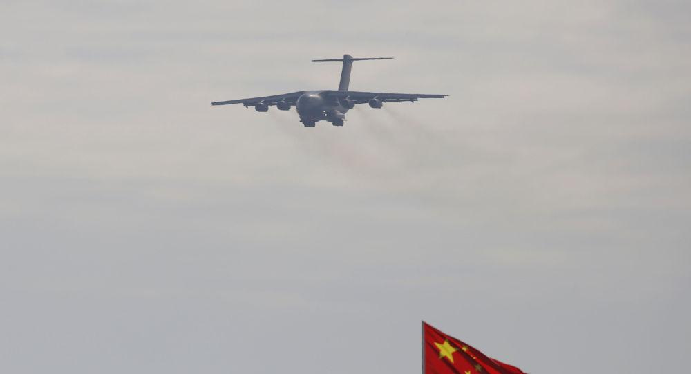 Avion chinois Y-20