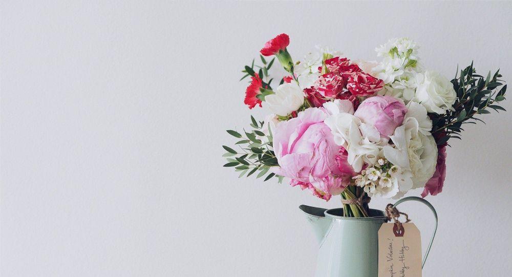 Elle reçoit des fleurs pour chaque Saint-Valentin de la part de son mari mort il y a huit ans