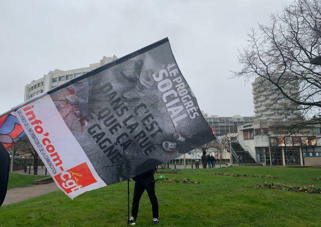 Avant le procès de Taha Bouhafs ce 25 février 2020 au TGI de Créteil