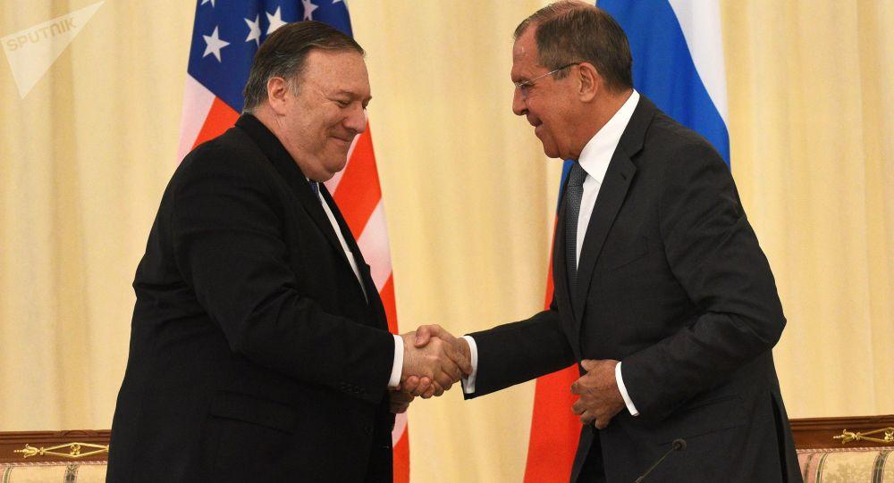 Selon Mike Pompeo, la Russie et la Chine ont l'intention d'influencer les élections américaines