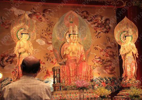 Буддистский храм в Сингапуре