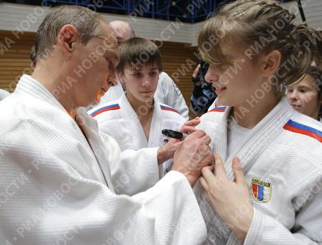 Рабочая поездка премьер-министра РФ В.Путина в Санкт-Петербург