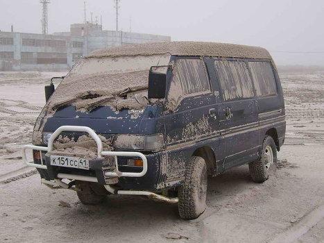 Выпадение вулканического пепла на поселок Усть-Камчатский