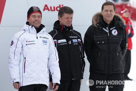 Президент РФ Д.Медведев посетил тестовые соревнования на горнолыжном курорте Роза Хутор