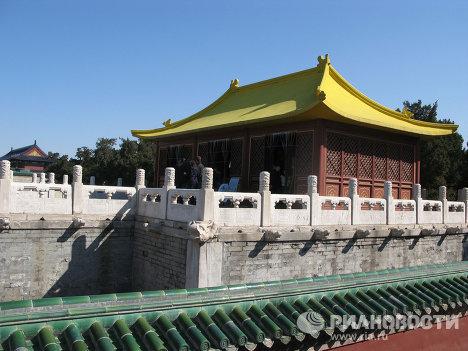Терраса для переодевания у Моста алых ступеней, Китай