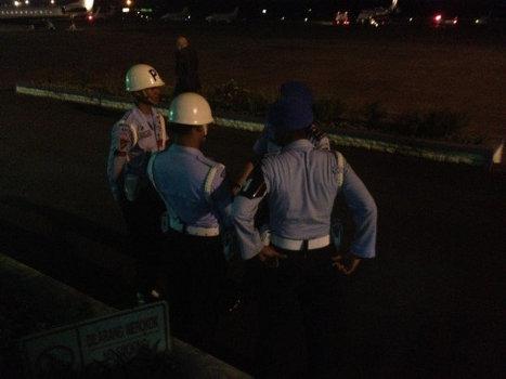 Поиски пропавшего в Индонезии Superjet-100