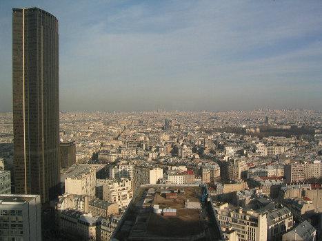 Башня Монпарнас в Париже