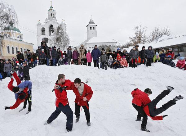 Празднование Масленицы в Ярославле