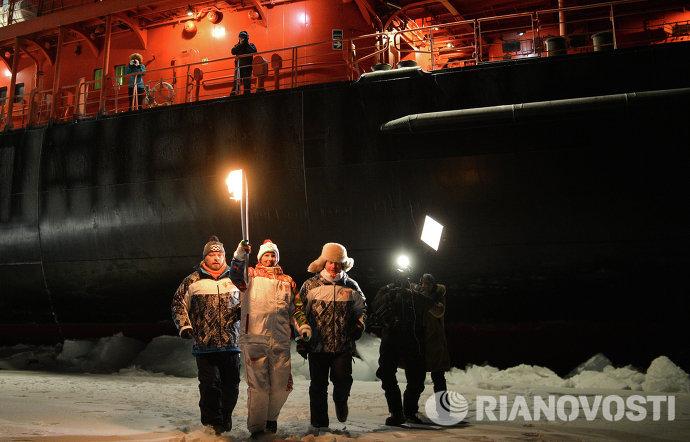 Эстафета Олимпийского огня. Северный полюс