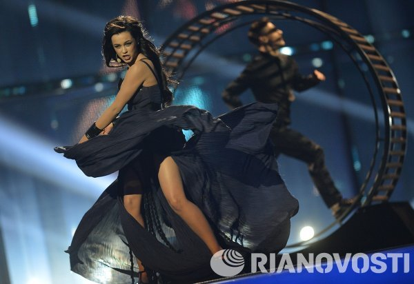 Представительница Украины певица Мария Яремчук выступает в полуфинале 59-го международного конкурса песни Евровидение-2014 в Копенгагене