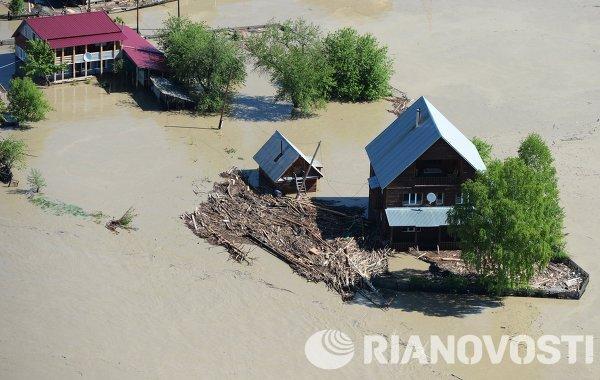 Russie: l'Altaï en proie aux inondations