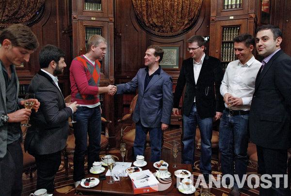 Президент РФ Д.Медведев встретился с участниками проекта Comedy club