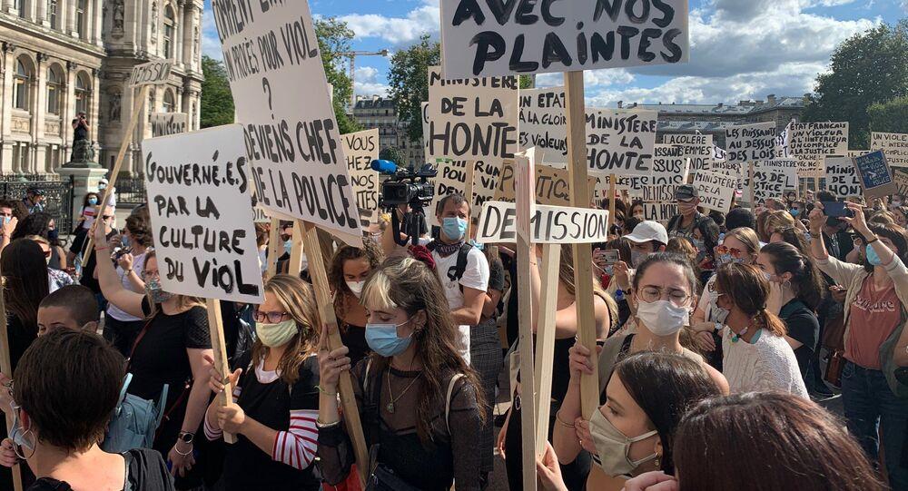 Un rassemblement féministe à Paris