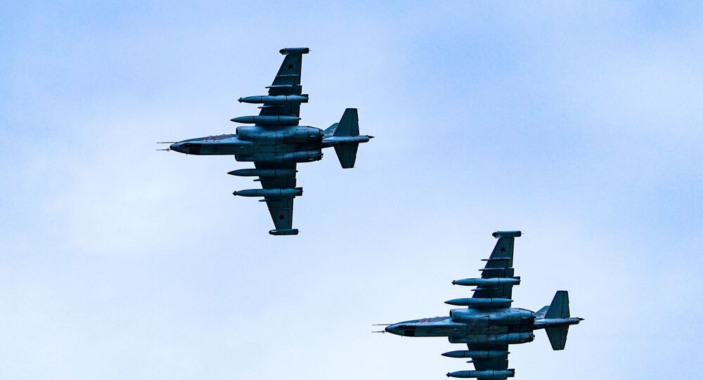 Des Su-25