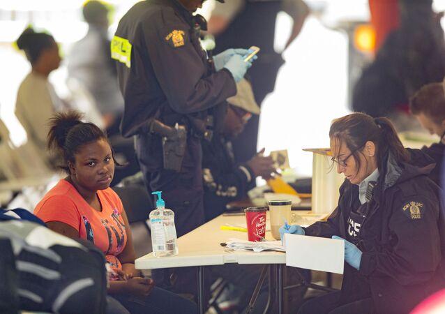 Demandeurs d'asile à la frontière canado-américaine, août 2017 (image d'illustration)