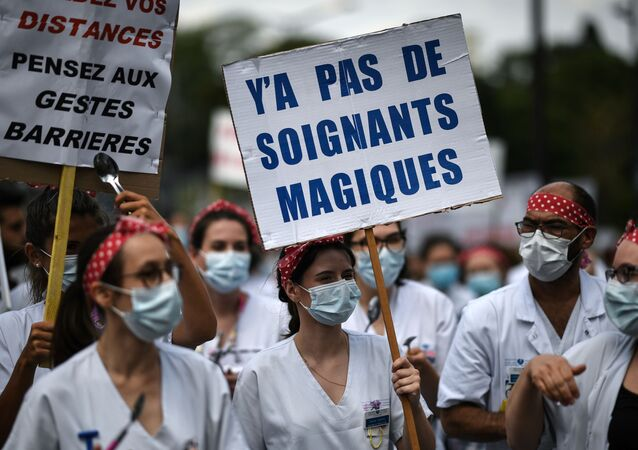 Manifestation de soignants à Paris, 11 juin 2020