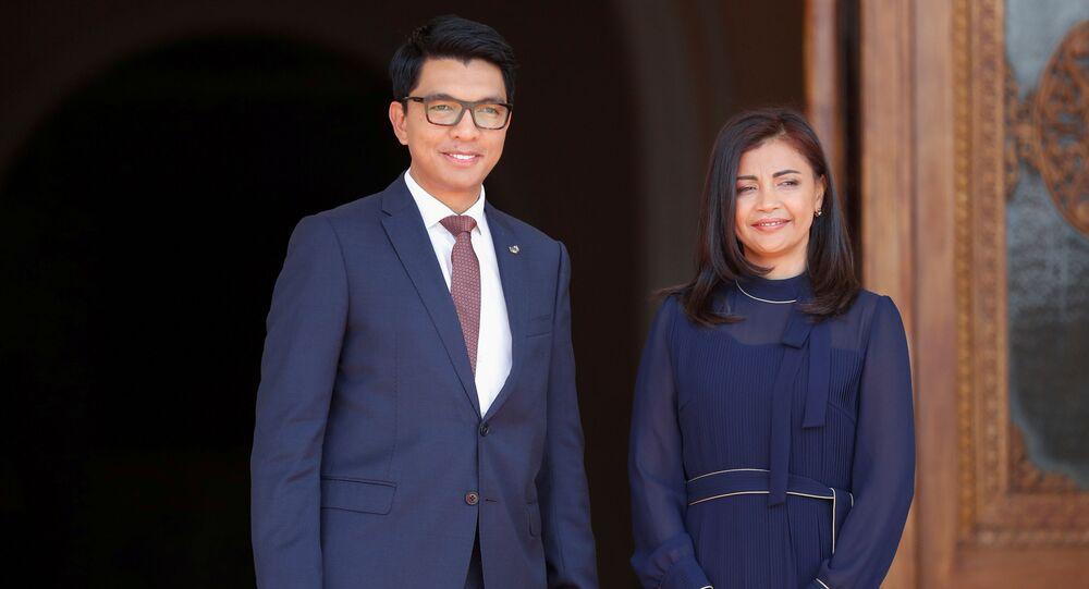 le Président malgache, Andry Rajoelina, avec sa femme (image d'archives)