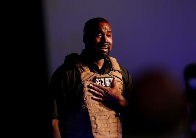 Kanye West tient le 1er meeting de sa campagne présidentielle à Charleston