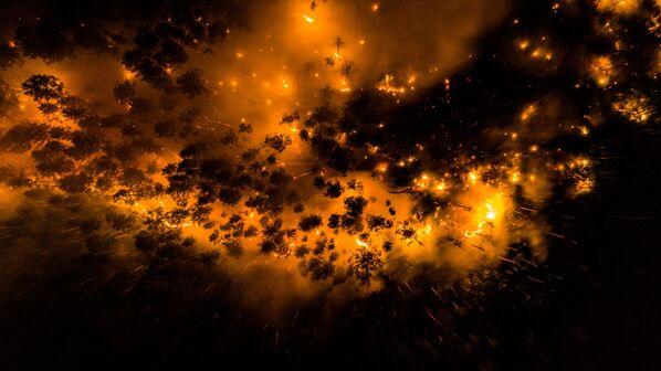 La Sibérie en proie aux flammes: feux de forêt en Iakoutie et dans la région de Krasnoïarsk   - Sputnik France